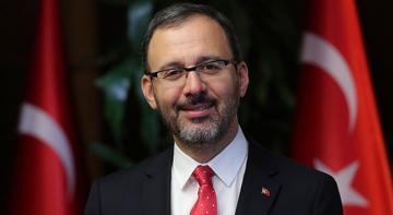 Gençlik ve Spor Bakanı Kasapoğlu,öğrencileri ve öğretmenleri tebrik etti