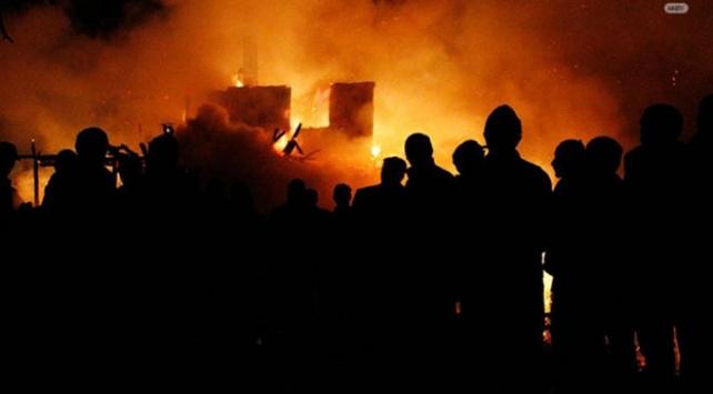 Hindistan'da fabrikada patlamada 8 kişi öldü, 40 kişi yaralandı