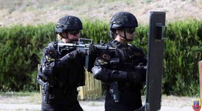 kadın jandarma personelleri Göreve hazır