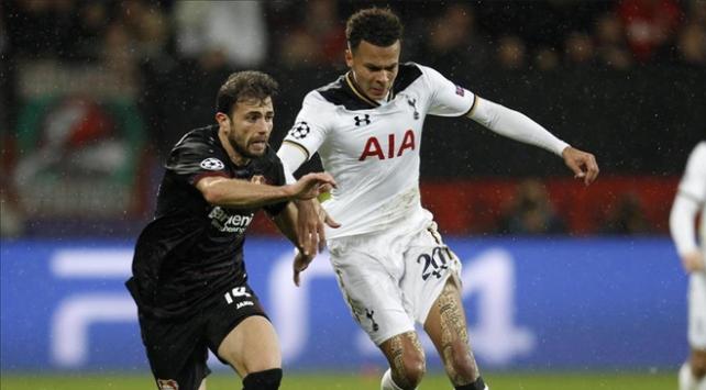 Tottenham'da forma giyen Alli'ye bir maç men cezası