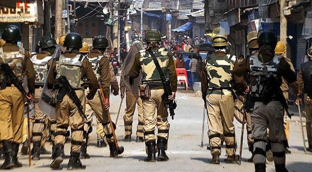Hindistan'da Çatışmada 3 direnişçi hayatını kaybetti
