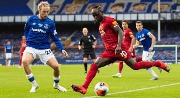lider Liverpool, Everton ile 0-0 berabere kaldı
