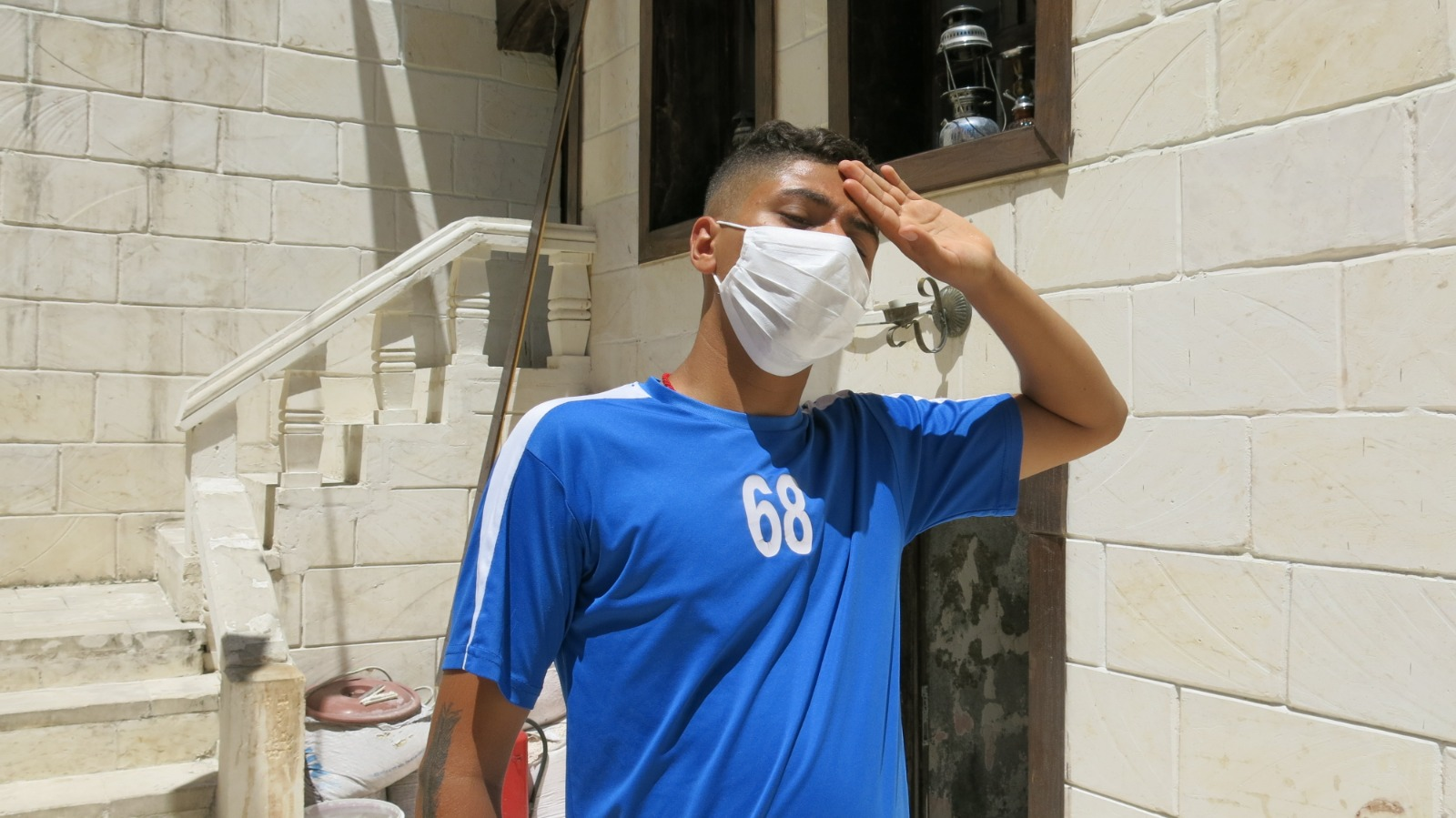 Sıcaklar bunaltıyor, Maskeler terletiyor