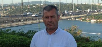 Türk şoför'ün cenazesi Polonya da takılı kaldı.
