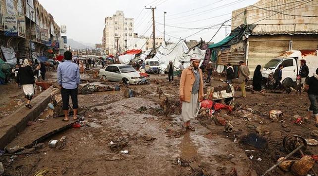 Yemen'in başkenti Sana'nın Eski Şehir bölgesinde sel felaketi