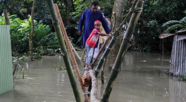 Bangladeş'te muson yağışından ölenlerin sayısı 184'e çıktı