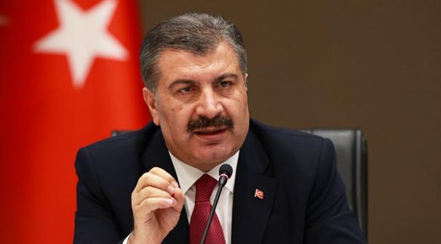 Sağlık Bakanı Fahrettin Koca, salgınla mücadele mesajı verdi,