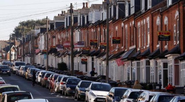İngiltere'de 230 bin kiracı evsiz kalma tehlikesiyle karşı karşıya