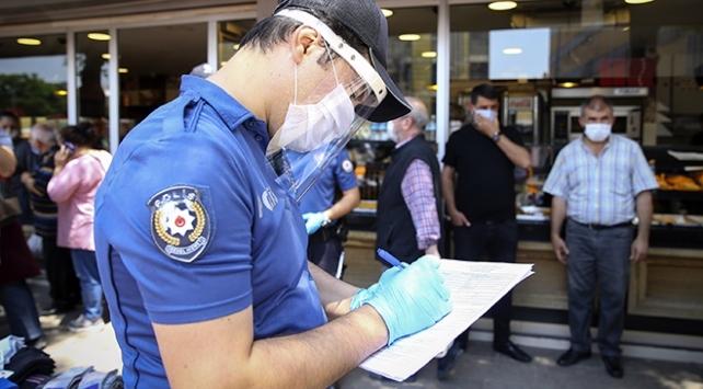 Ankara'da COVID-19 denetimlerinde 615 kişiye 1 milyon 99 bin lira ceza