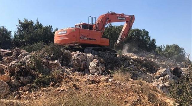 Mersin'de sit alanında kazı yapanlar suçüstü yakalandı