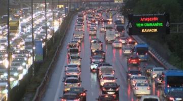 İstanbul'da trafik yoğunluğu yüzde 81'e ulaştı