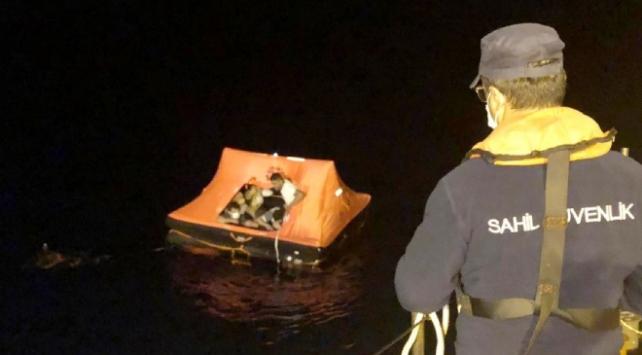 Muğla açıklarında 13 sığınmacı kurtarıldı