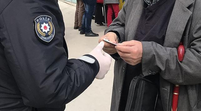 Erzincan'da COVID-19 tedbirlerine uymayan 12 kişiye ceza