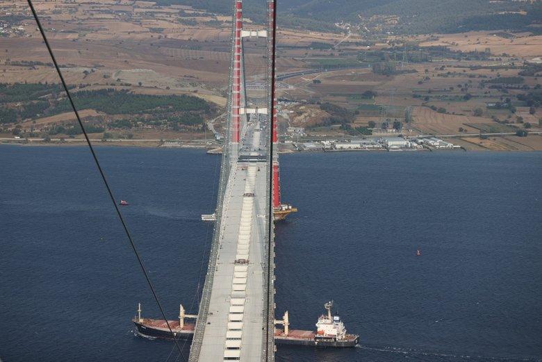 Çanakkale Köprüsü'nde tarihi anlar! İşte ilk geçiş anı..