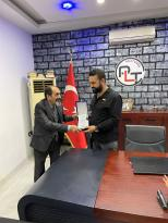 PLT MOTORS'UN Sahibi Kamuran Korucu ve Ramazan Korucu kardeşleri ziyaret eden efsane Yönetmen Mehmet ali Gündoğdu